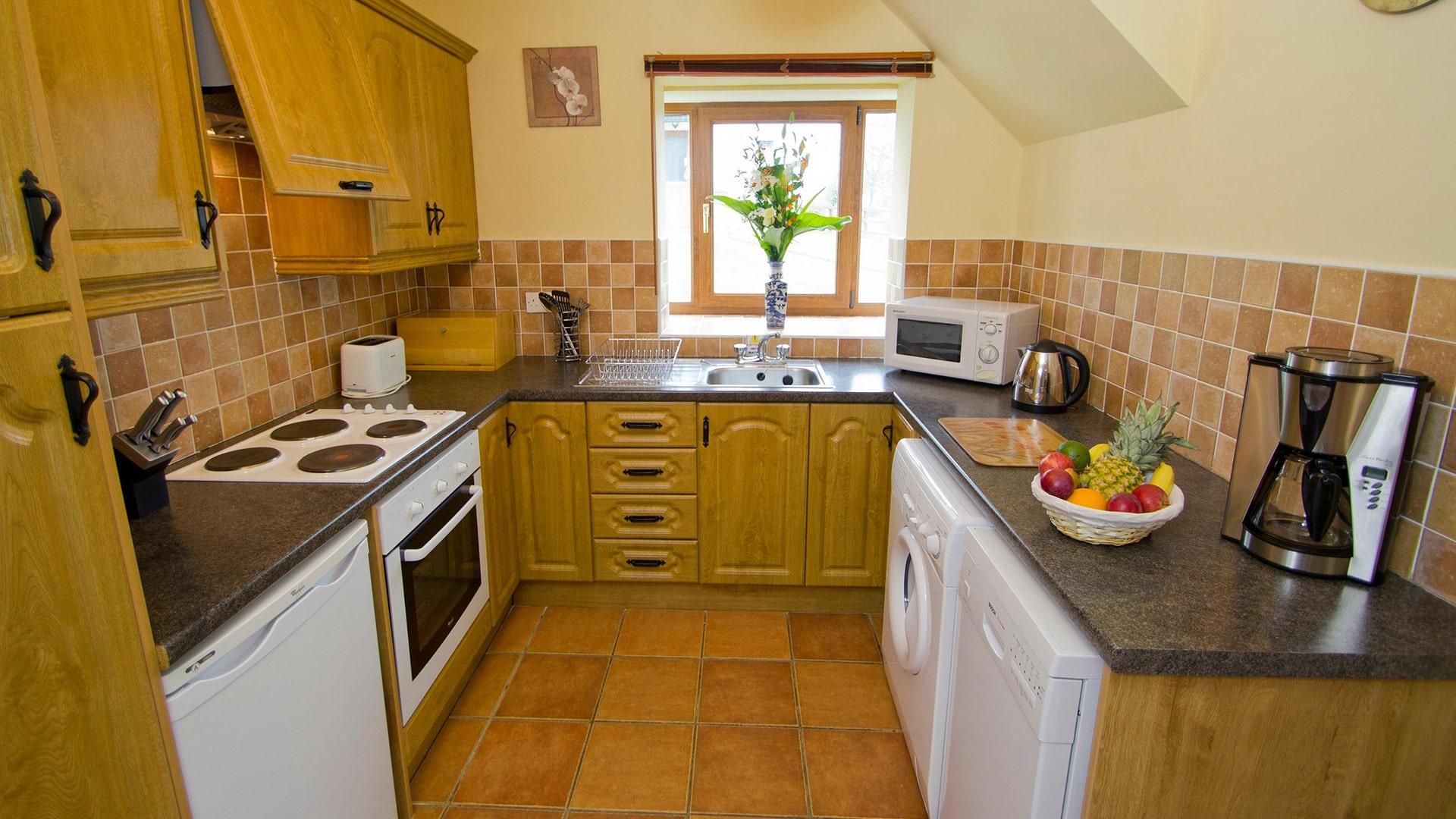East_Clare_Golf_Village-kitchen-min