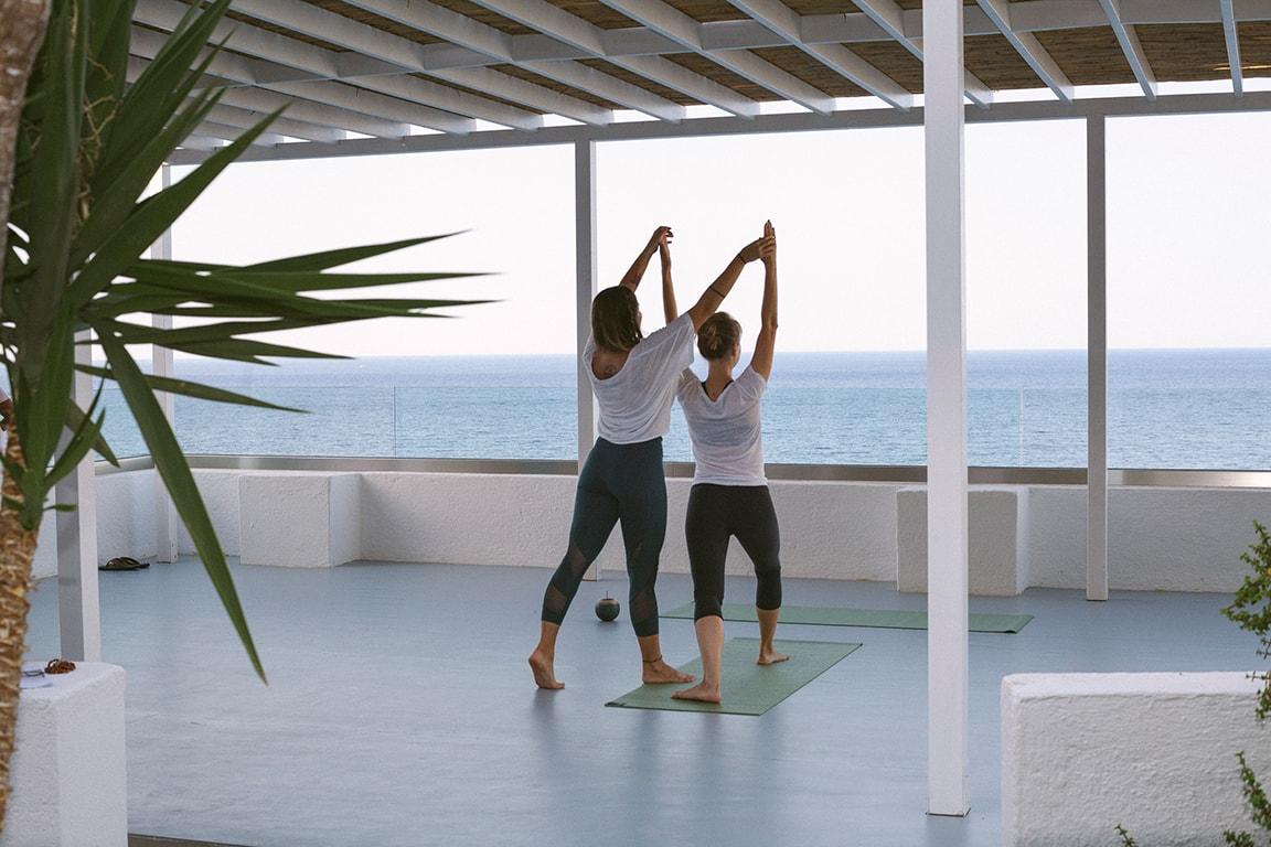 karma-spa-yoga-at-karma-minoan-min