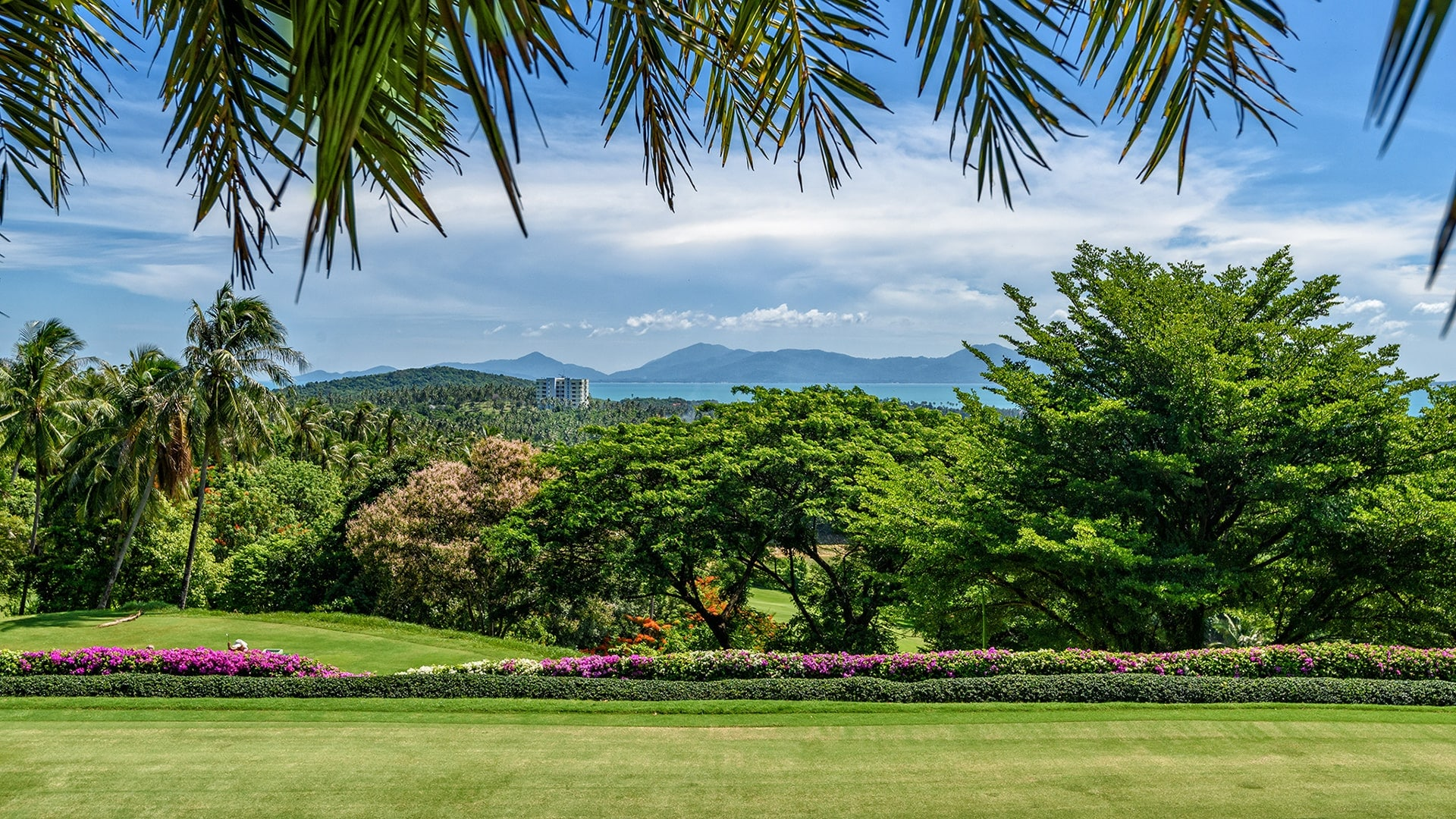 Karma-Apsara-Gallery-25-Santiburi-Golf-Club