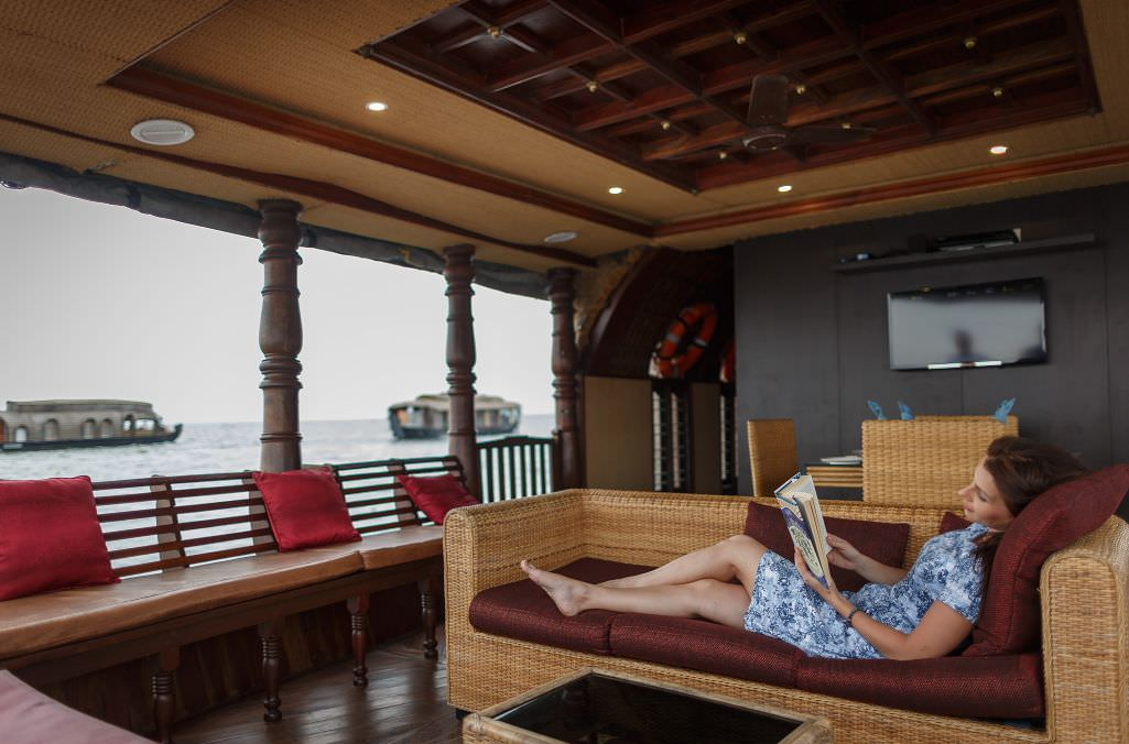 Karma Chakra House Boat