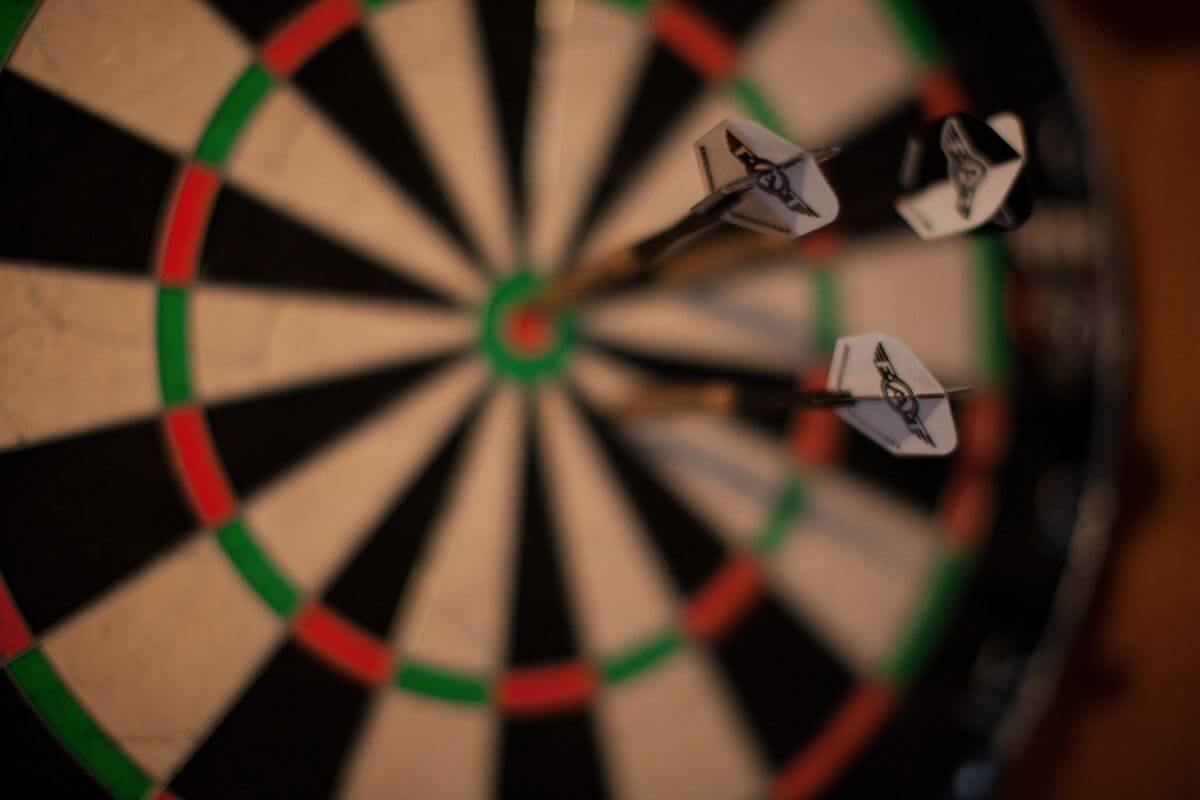 Le Preverger Darts in the Bar