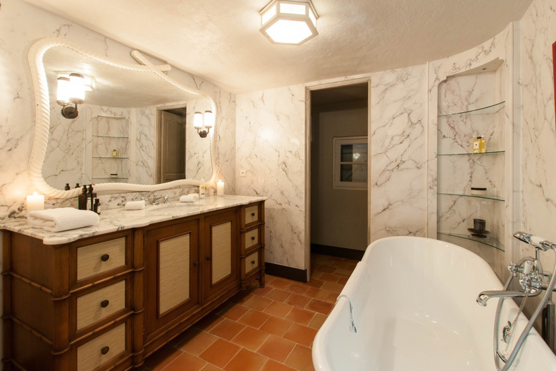 Le Preverger Bathroom