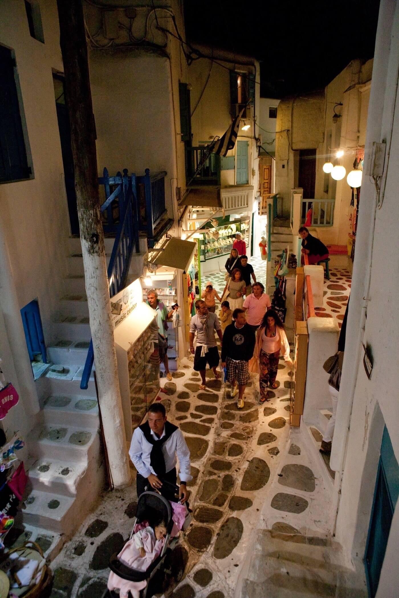 14._Mykonos_Local_Area_Shopping